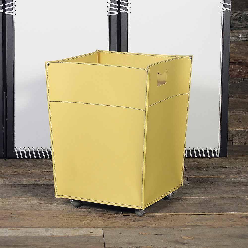 Porte b ches design en cuir avec pieds en caoutchouc switch for Porte buche exterieur