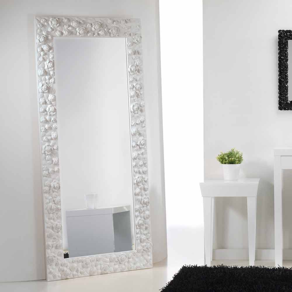 gran miroir blanc de sol mural avec cadre en bois flower. Black Bedroom Furniture Sets. Home Design Ideas