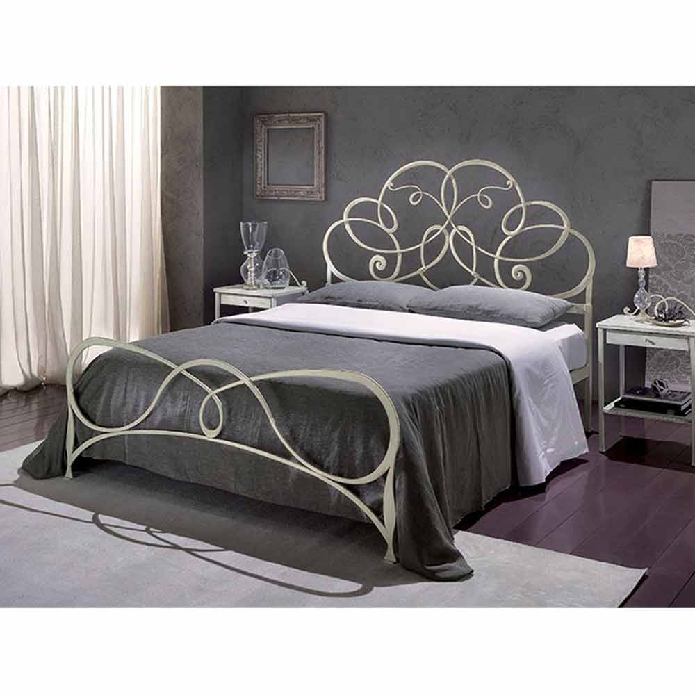 l gant lit double en fer forg granito fait la main en. Black Bedroom Furniture Sets. Home Design Ideas