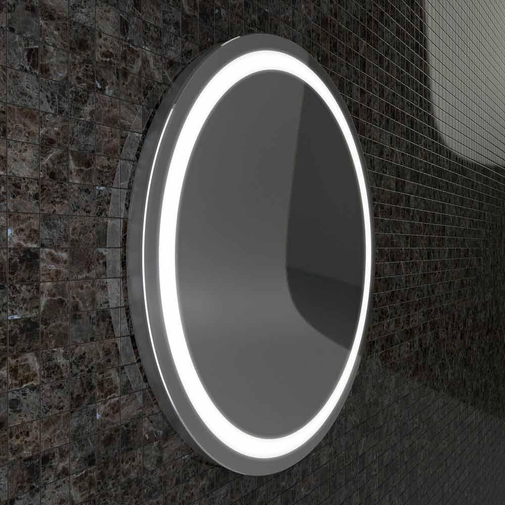 Miroir avec des bords en acier inoxydable et des lumi res for Miroir inox incassable