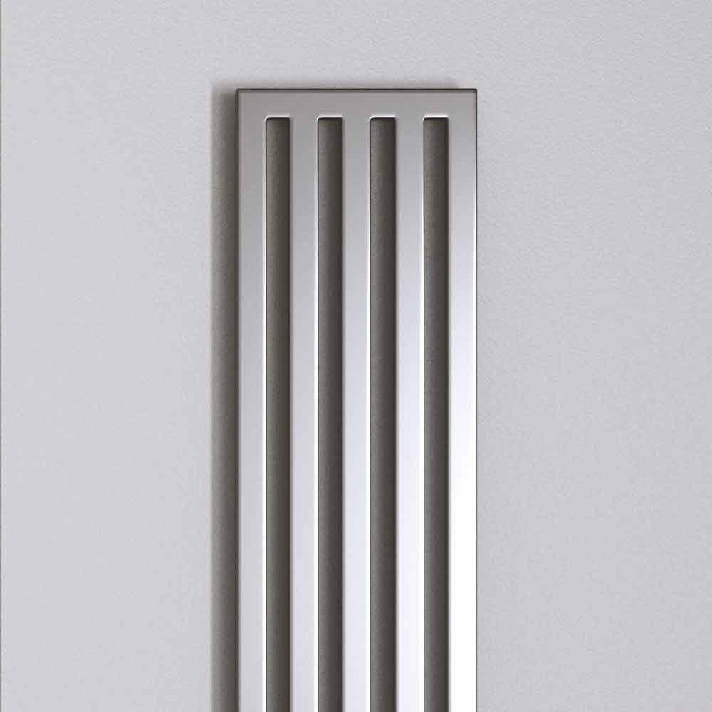 radiateur vertical eau chaude fait en italie par scirocco h. Black Bedroom Furniture Sets. Home Design Ideas
