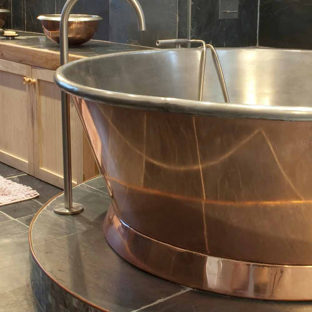 baignoire freestanding en cuivre finition de fer blanc julia. Black Bedroom Furniture Sets. Home Design Ideas