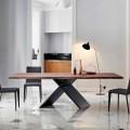 Bonaldo Ax table design en bois avec bords naturels faite en Italie