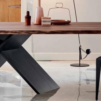 Table design Bonaldo Axe en bois avec bords naturels fabriqués en Italie