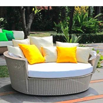 île jardin de détente avec canapé Hector a fait le tissage à la main, un design moderne
