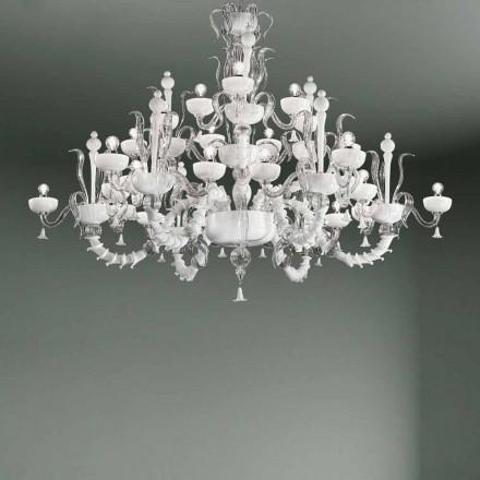 Lustre avec 27 lumières en verre de Venise blanc, fait à la main en Italie - Regina