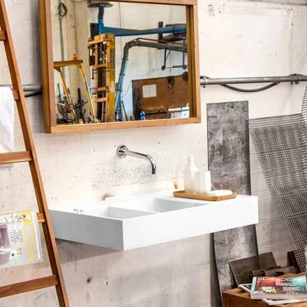 Lavabo suspendu avec surface solide contenant le réservoir Enna