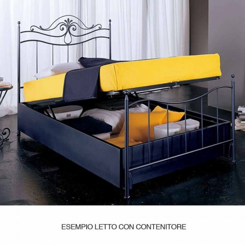 Un lit et une demi-carré Fer Forgé Hydra CAPITONNE
