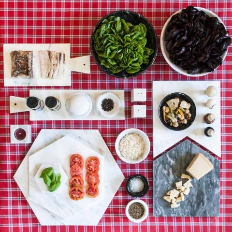 Assiette de Service Hexagonale en Marbre de Carrare Blanc ou Marquinia Noir - Ludivine