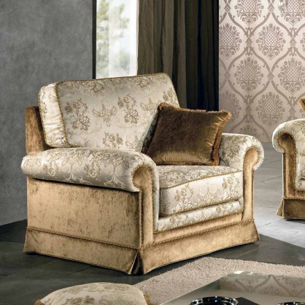 fauteuil italien en tissu de design classique maxim. Black Bedroom Furniture Sets. Home Design Ideas