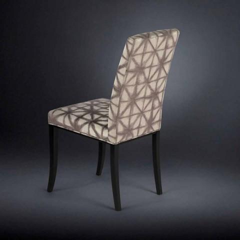 Septembre 2 fauteuils modernes avec des jambes de bois en noir Audrey