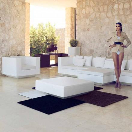 Table basse de jardin carrée Vela Vondom, design moderne en polyéthylène